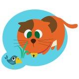 Rote Katze, die den Vogel jagt Lizenzfreie Stockfotografie