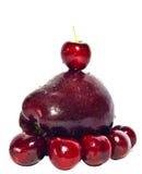 Rote Kirsche und Apple Stockfotos