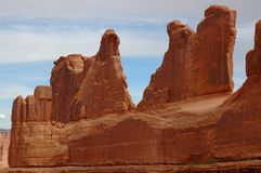 Rote Klippen im Bogen-Nationalpark Stockbild