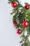 Rote Kugel des Weihnachtenfünf Stockbild