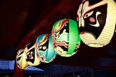Rote Lampenlinie Japans Stockbild
