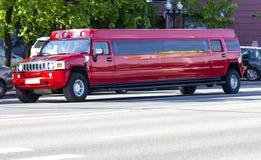 Rote Limousine lizenzfreies stockfoto