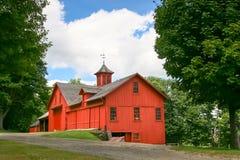 Rote Massachusetts-Land-Scheune Lizenzfreies Stockbild
