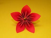 Rote origami Blume Lizenzfreies Stockfoto
