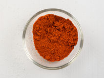 Rote Paprika In Bowl Stockbild