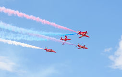 Rote Pfeil-Royal Air Force-Flugschau über Tallinn-Bucht bei 23 06 2014 Lizenzfreie Stockfotografie