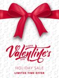 Rote Rose Plakat für Valentinsgruß ` s Verkauf, Promo usw. Realistischer silk Bogen mit Band- und Skriptbeschriftung stock abbildung
