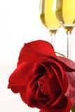 Rote Rose und Champagne Lizenzfreie Stockfotografie