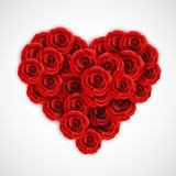 Rote Rosen in der Form des Herzens Rosen-Dekorationselement für Heiratseinladung, Postkarte, Grußkarte oder Valentinstag Lizenzfreies Stockfoto