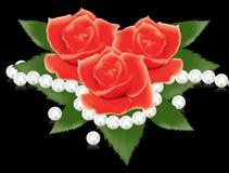Rote Rosen und Perlenkorne Lizenzfreie Stockbilder