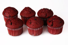 Rote Samt-Muffins Stockbild