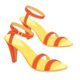 Rote Sandalen mit Knöchelbügel Stockfotografie