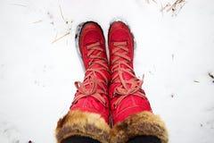 Rote Schuhe Lizenzfreie Stockfotos