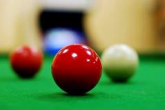Rote Snookerkugel Stockfoto