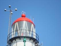 Rote Spitze des Leuchtturmes lizenzfreie stockfotos