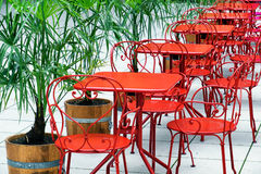 Rote Stühle Lizenzfreie Stockfotos