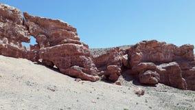 Rote Steinbildung an Sharyn Canyon-Landschaft in Kasachstan stockfotografie