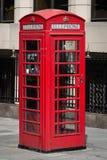 Rote Telefonzelle stockfotografie