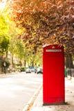 Rote Telefonzelle Stockfoto