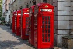 Rote Telefonzellen K2 Londons Stockfotografie