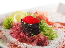 Rote Tobiko Sushi Lizenzfreies Stockfoto