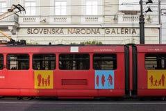 Rote Tram in Bratislava Stockbilder