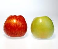 Rote u. grüne Äpfel Stockbilder