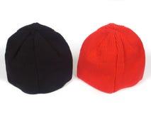Rote und blackenning atheletic Hüte Stockfotografie