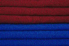 Rote und blaue Tücher Lizenzfreie Stockfotografie