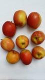 Rote und gelbe Äpfel lizenzfreies stockfoto