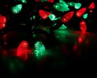 Rote und grüne Leuchten Lizenzfreie Stockbilder
