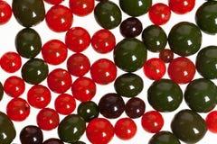 Rote und grüne Perlen Stockfoto