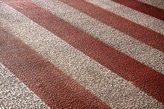 Rote und weiße Überfahrt Stockfoto
