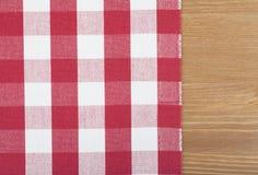 Rote und weiße Tischdecke Stockfoto
