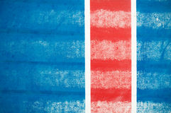Rote vertikale Zeile auf Blau Lizenzfreie Stockfotografie
