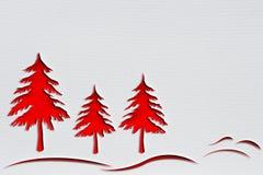 Rote Weihnachtsbäume mit Durchschlagspapierdesign Stockfotografie