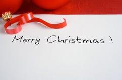 Rote Weihnachtskarte Stockbild