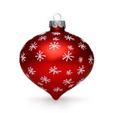 Rote Weihnachtskugel auf weißem Hintergrund Stockfotografie