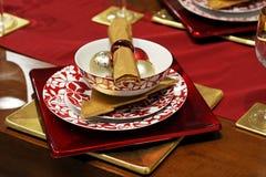 Rote Weihnachtstabelle Lizenzfreie Stockbilder