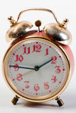 Rote Weinlese-Uhr Stockfoto