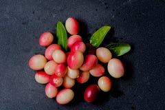 Rote wilde Beere Stockfoto