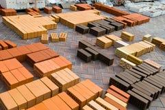 Rote Ziegelsteine des Aufbaus Lizenzfreies Stockbild
