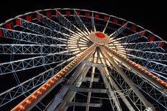 Rotella di Ferris alla notte Fotografie Stock Libere da Diritti