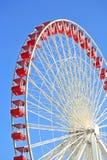 Rotella di Ferris sul pilastro del blu marino, Chicago Immagini Stock