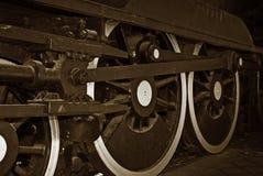 Rotelle del treno del vapore fotografie stock