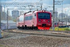 Roter AeroExpress-Zug zum Sheremetyevo Lizenzfreie Stockfotos