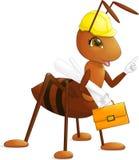 Roter Ameisenarchitekten-Ingenieurerbauer mit Antennen in einem gelben Bausturzhelm mit der Zeichnung und dem Aktenkoffer Stockfotos