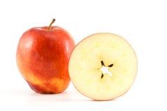 Roter Apfel und Kreis des Apfels Lizenzfreie Stockfotos