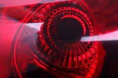 Roter Autoscheinwerfer stockbild