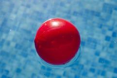 Roter Ball Lizenzfreie Stockfotografie